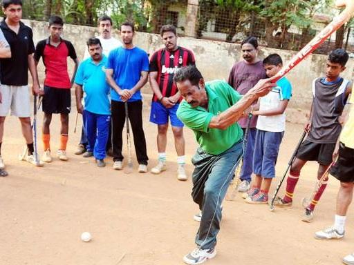 മലയാളി ഒളിമ്പ്യന് മാനുവല് ഫ്രഡറിക്കിന് ധ്യാന്ചന്ദ് പുരസ്കാരം