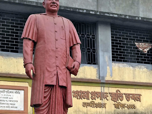Nandigram Diary: The bustling town has been mixing every conversation with poll-talk