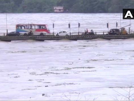 केरल बारिश: 24 बांध खोले गए, सेना सतर्क