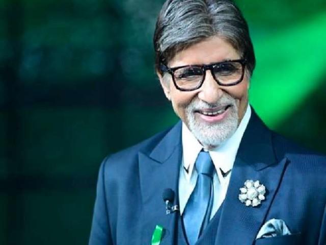 Amitabh Bachchan Birthday: रेडियो में अपनी आवाज की वजह रिजेक्ट हो गए थी बिग बी, पहली फिल्म से की थी इतनी कमाई