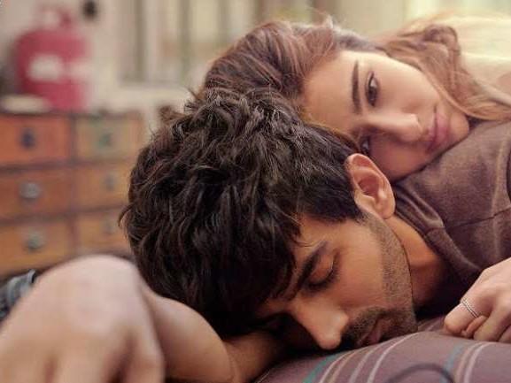 Love Aaj Kal Box Office Collection Prediction: वैलेंटाइन डे पर कार्तिक-सारा की फ़िल्म को मिलेगा कितना प्यार?