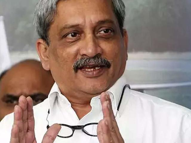 Goa goverment opposes PIL for declaring CM Manohar Parrikar's health status in HC