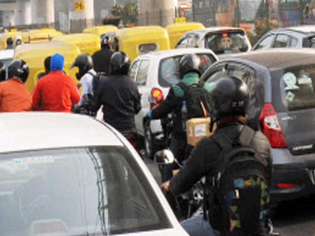 Odd-even relief may be diluted for 2-wheelers, private CNG cars