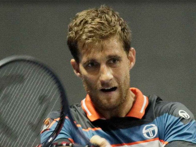 Klizan beats Wawrinka to reach St Petersburg Open final