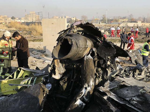 Iran plane crash: Tehran says it 'unintentionally' shot down Ukrainian jetliner