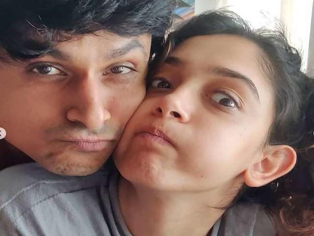 Aamir Khan की बेटी आयरा खान ने ब्वॉयफ्रेंड नूपुर शिखारे पर बरसाया प्यार, तस्वीरें हुईं वायरल