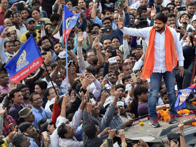 Hardik Patel: Crowd-puller who wants to be like Thackeray, AAP