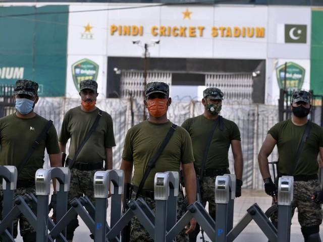 पाकिस्तान का कहना है कि न्यूजीलैंड के क्रिकेटरों के लिए खतरा भारत में पैदा हुआ