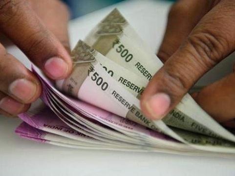 സർക്കാർ ജീവനക്കാരുടേയും അധ്യാപകരുടേയും ക്ഷാമബത്തയിൽ 3 ശതമാനം വർധന നിശ്ചയിച്ചു
