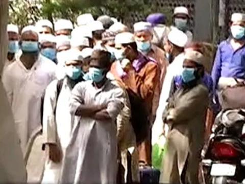 താബ്ലീഗ് ജമാത്ത് മതസമ്മേളനത്തില് പങ്കെടുത്ത 7600 പേരെ തിരിച്ചറിഞ്ഞു, കോവിഡ് റിസ്ക്കിലായിരിക്കന്നത് 9000 പേര് ; 1300 വിദേശികളും നിരീക്ഷണത്തിലായി