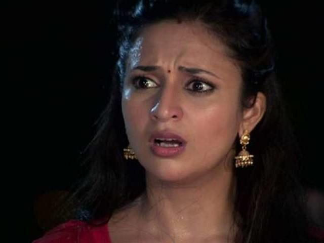 Pulwama Terror Attack: इस टीवी अभिनेत्री को भी आया गुस्सा, कहा- आतंकियों को बिल से निकालकर..