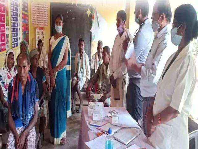 छत्तीसगढ़: दंतेवाड़ा जिले का नक्सल प्रभावित गांव में शत-प्रतिशत टीकाकरण, रेंगानार बना दूसरे गावों के लिए मिसाल