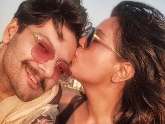ऋचा चड्ढा ने बॉयफ्रेंड अली फजल साथ मिलकर खोली पोल, बताया फिल्मों में कैसे शूट होता Kiss और इंटिमेट सीन