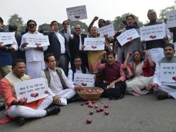 Chidambaram targets Sitharaman over rising onion prices