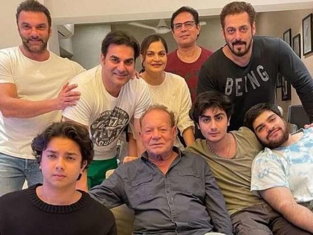 Arbaaz Khan का खुलासा, परिवार का ये खास सदस्य रिश्ते को लेकर देता है बुरी सलाह, जानें कौन है वो?