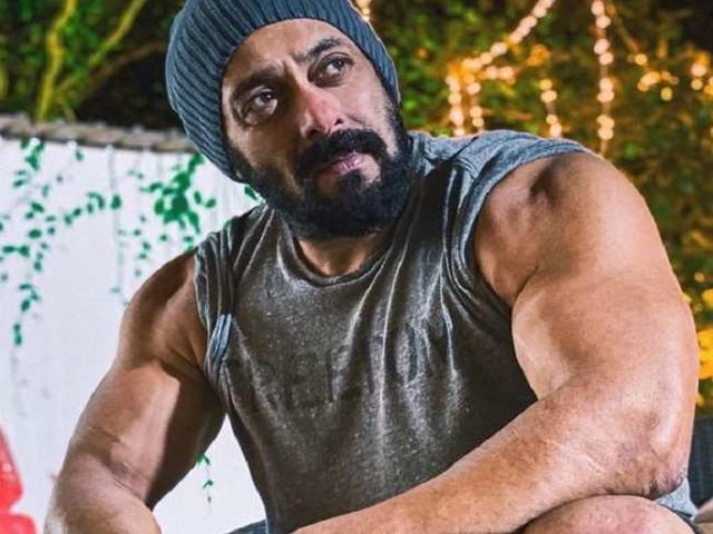 Salman Khan ने बताया अपने किस किरदार को वो घर पर नहीं कर सकते फॉलो, बोले- 'डैड पीट देंगे, मम्मी थप्पड़ जड़ देंगी'