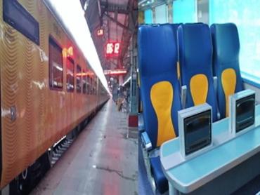 देश की पहली तेजस ट्रेन के किराए की घोषणा, दिल्ली से लखनऊ जाने के लिए खर्च करने होंगे 1280 रुपए