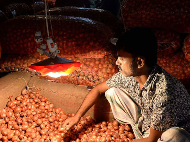 Onion prices stable, showing a decline: Govt panel