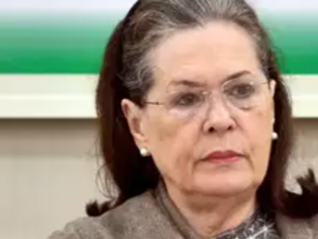 I'm a full-time and hands-on Congress president, says Sonia Gandhi at CWC Meet