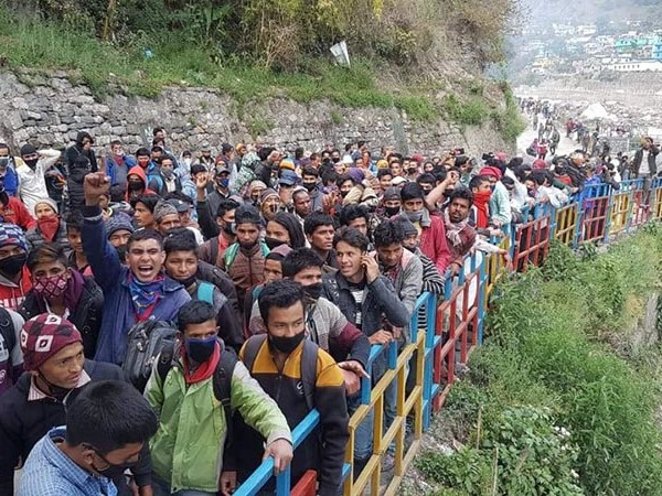 Over 500 Nepali migrant workers stranded on border