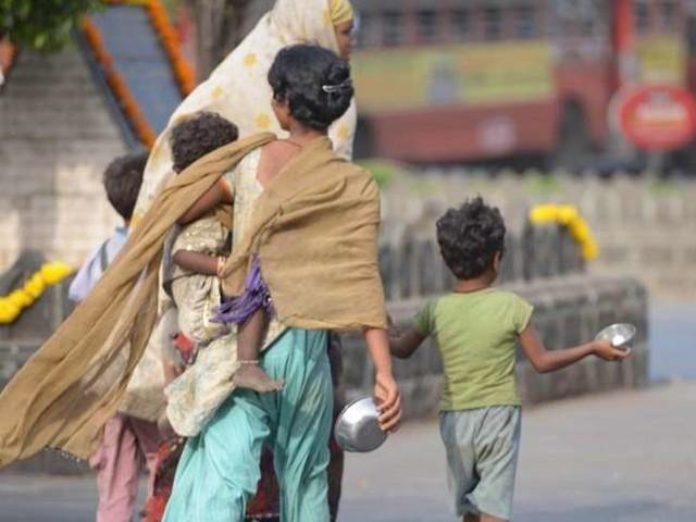 सभी केंद्र शासित प्रदेशों के मुकाबले दिल्ली में भिखारियों की तादाद सबसे ज्यादा