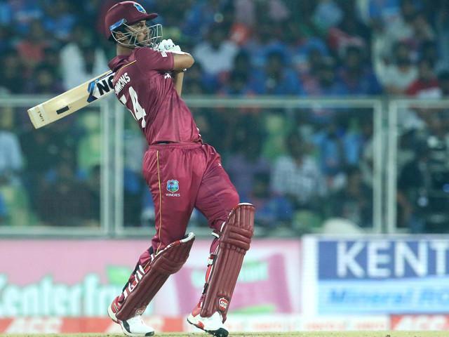 INDvWI : सिमन्सने भारताचा विजयी रथ रोखला; मालिकेत 1-1 बरोबरी!