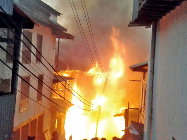 Fire guts eight houses in Saptari