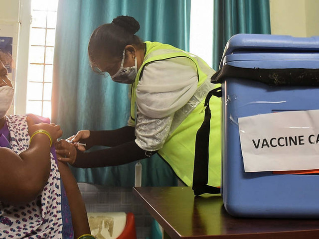 Karnataka Covid -19 vaccination: Turnout drops on Sunday, govt to add more centres on Monday