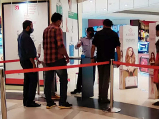 DDMA Covid review meet: Officials suggested making vaccination mandatory for entry into malls, Metro