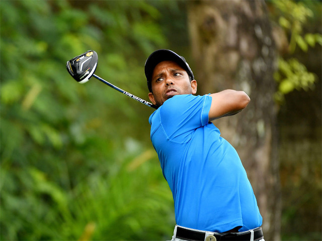 Chawrasia grabs Hong Kong lead in windy conditions