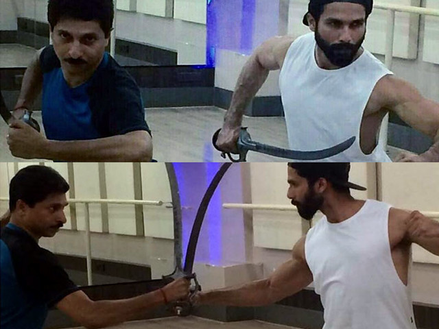First Pics: Shahid training in sword fighting