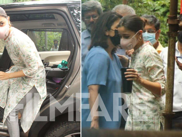 Alia Bhatt and Neetu Kapoor clicked at Krishna Raj bungalow