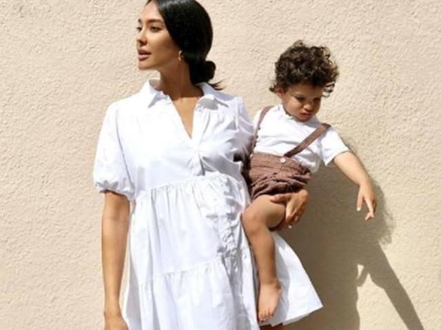 सोशल मीडिया यूजर ने लीजा हेडन के बच्चे के लिए कही ऐसी बात, एक शब्द में ही अभिनेत्री कर दी बोलती बंद
