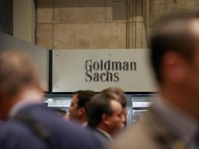 Saudi Arabia hires banks for triple-tranche transaction