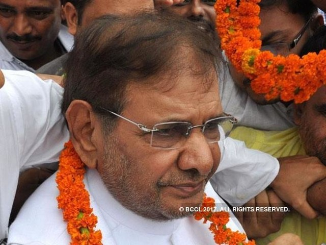 Sharad Yadav camp to move Election Commission against 'hasty order'