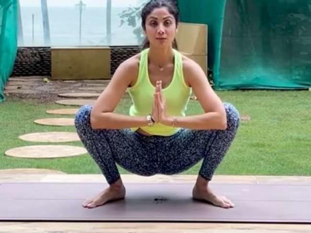 शिल्पा शेट्टी ने कई दिनों बाद दिया Monday Motivation, वीडियो शेयर कर बोलीं- 'योगा से ही होगा'