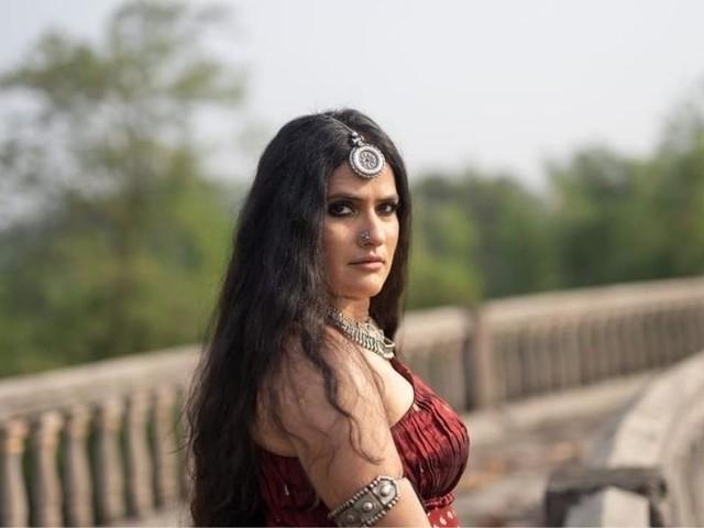 सोना मोहपात्राला धमक्या; मुंबई पोलिसांकडे तक्रार करत घेतला महत्त्वपूर्ण निर्णय