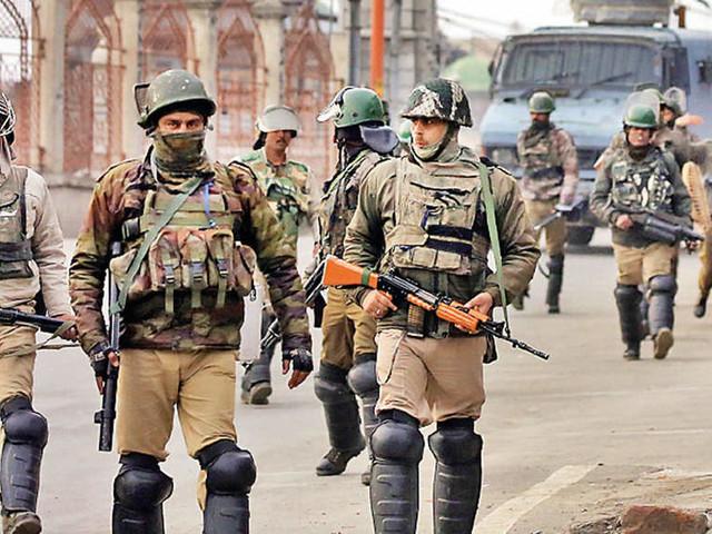 Ordinance to scrap Article 35A? Centre's urgent actions leave Srinagar abuzz
