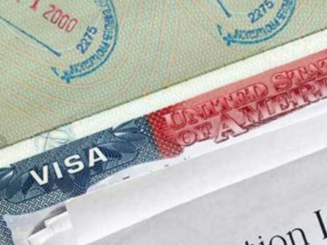 Cognizant applies for 80% less H-1B visas