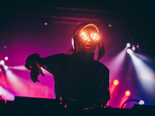 Electronic, PsyTrance, Deep House and More Playlists on Wynk