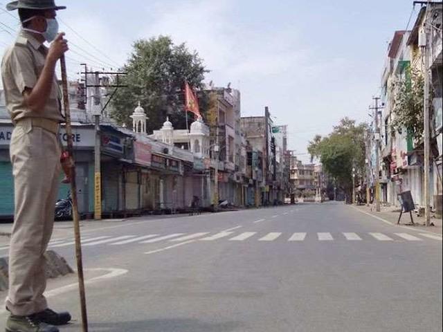 राजस्थान और तमिलनाडु में सोमवार से 15 दिनों के लिए संपूर्ण लाकडाउन, अन्य राज्यों ने भी दिखाई सख्ती