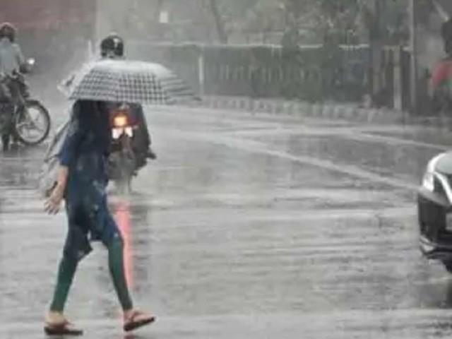 MP Weather News: दतिया, भिंड व मुरैना में अति भारी बारिश की चेतावनी, जानें- अन्य जिलों में कैसा रहेगा मौसम