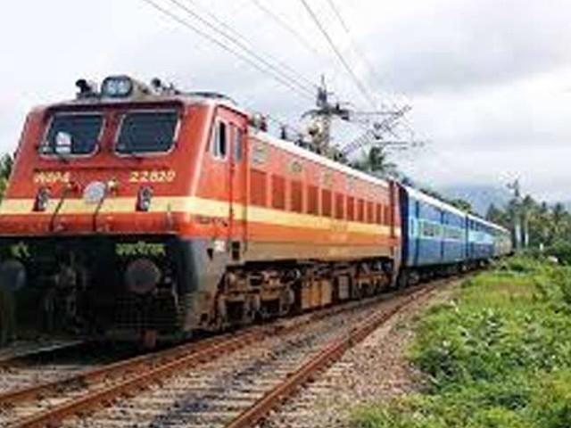 छठ पूजा के लिए बिहार जाने वाले रेल यात्रियों के लिए खुशखबरी, सुविधा के लिए चलेंगी चार विशेष ट्रेनें