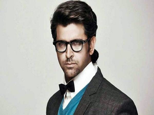 Hrithik Roshan becomes highest advance tax-paying actor for this quarter