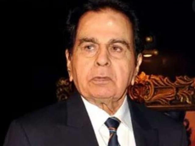 Dilip Kumar News: जानें कितने बजे होगा दिलीप कुमार का अंतिम संस्कार, यहां पढ़े पूरी डिटेल