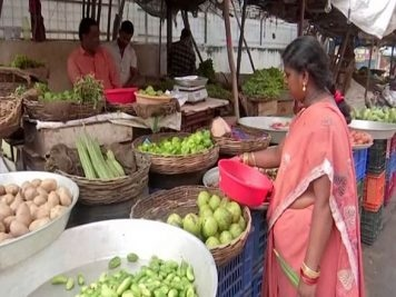 Vegetable prices soar in Hyderabad as rains damage crops