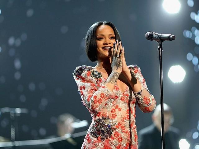 Rihanna Coming to India this October?