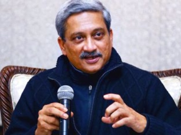 PM wishes Parrikar on 63rd b'day; family, BJP workers pray for his good health