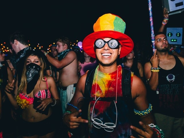 10 Rave Props every Dance Music fan MUST have