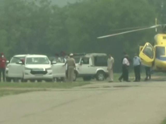 Harish Rawat flies down to Chandigarh to meet Amarinder Singh